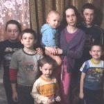 Многодетная семья Ионии (8 деток)